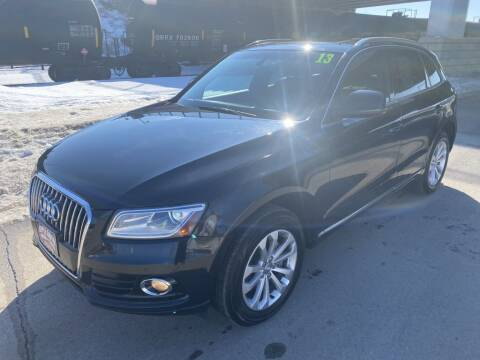 2013 Audi Q5 for sale at Apple Auto in La Crescent MN