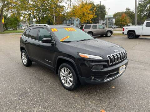 2014 Jeep Cherokee for sale at RPM Motor Company in Waterloo IA