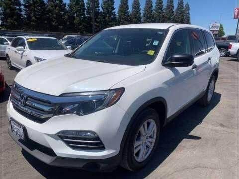 2018 Honda Pilot for sale at Carros Usados Fresno in Fresno CA