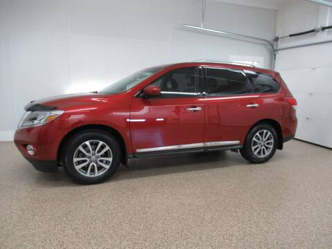 2015 Nissan Pathfinder for sale at HTS Auto Sales in Hudsonville MI