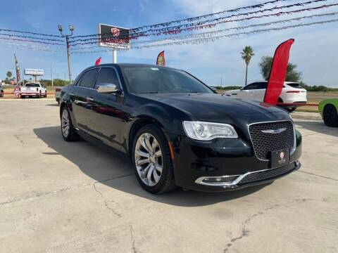 2020 Chrysler 300 for sale at A & V MOTORS in Hidalgo TX
