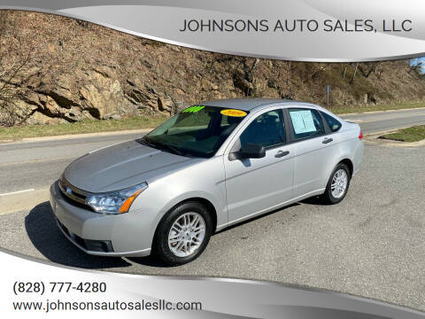 2009 Ford Focus for sale at Johnsons Auto Sales, LLC in Marshall NC