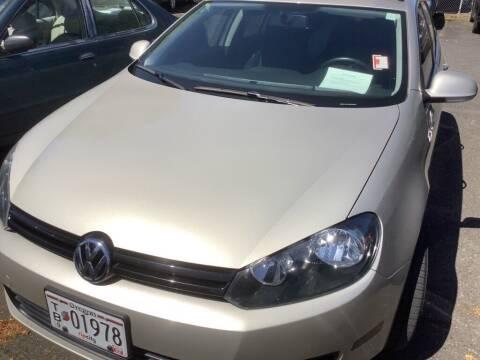 2013 Volkswagen Jetta for sale at Royal Moore Custom Finance in Hillsboro OR