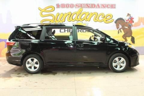 2019 Toyota Sienna for sale at Sundance Chevrolet in Grand Ledge MI