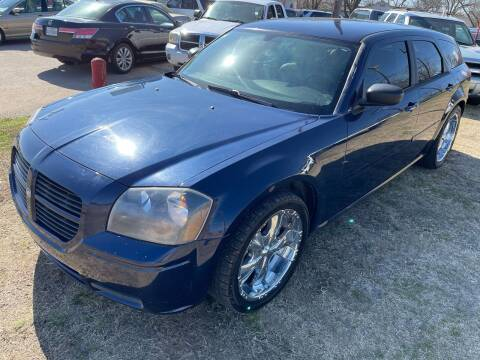 2005 Dodge Magnum for sale at Texas Select Autos LLC in Mckinney TX