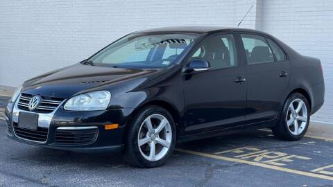 2010 Volkswagen Jetta for sale at Carland Auto Sales INC. in Portsmouth VA