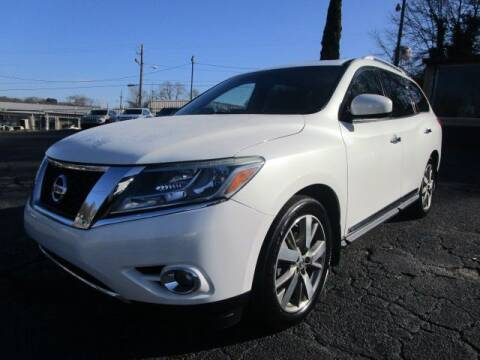 2014 Nissan Pathfinder for sale at Lewis Page Auto Brokers in Gainesville GA