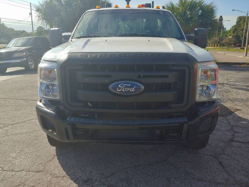 2012 Ford F-350 Super Duty 4x4 XL 2dr Regular Cab 141 in. WB SRW Chassis - Largo FL