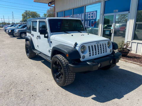 2017 Jeep Wrangler Unlimited for sale at Lee Auto Group Tampa in Tampa FL