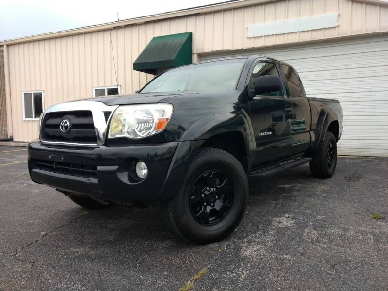 2005 Toyota Tacoma for sale at Great Lakes AutoSports in Villa Park IL