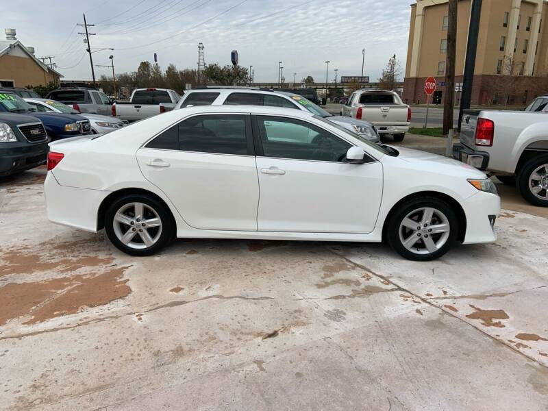 2014 Toyota Camry for sale at Uncle Ronnie's Auto LLC in Houma LA