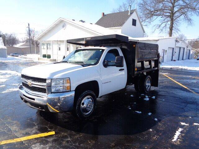 2009 Chevrolet Silverado 3500HD CC for sale at SLD Enterprises LLC in Sauget IL