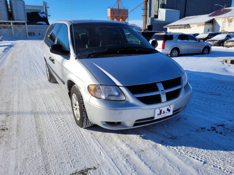 2005 Dodge Grand Caravan for sale at J & S Auto Sales in Thompson ND
