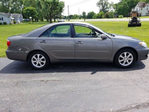 2006 Toyota Camry for sale at CALDERONE CAR & TRUCK in Whiteland IN