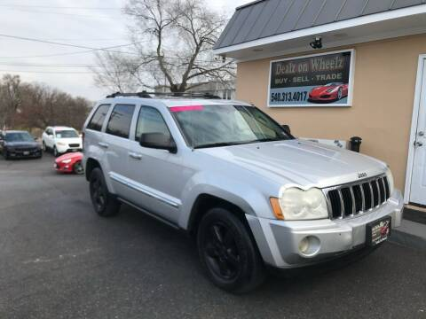 2005 Jeep Grand Cherokee for sale at DEALZ ON WHEELZ in Winchester VA