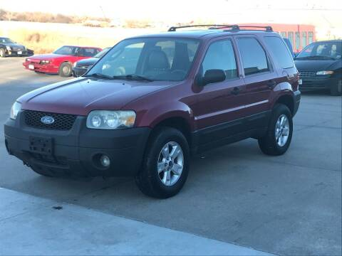 2005 Ford Escape for sale at Casey's Auto Detailing & Sales in Lincoln NE