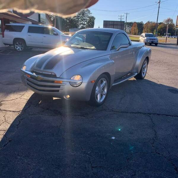 2004 Chevrolet SSR for sale at Coast to Coast Imports in Fishers IN