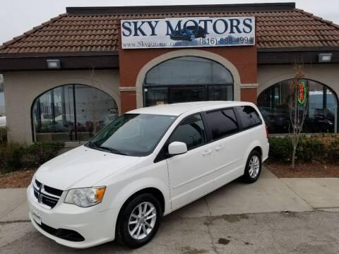 2013 Dodge Grand Caravan for sale at Sky Motors in Kansas City MO