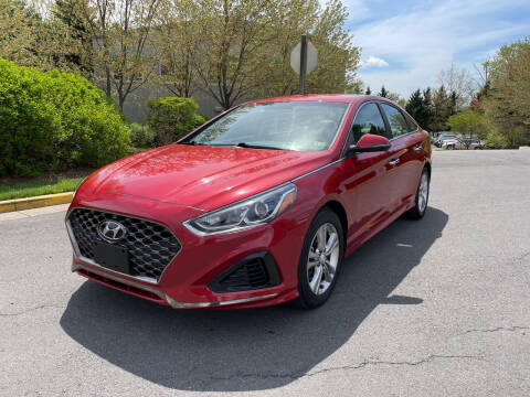 2018 Hyundai Sonata for sale at Dreams Auto Group LLC in Sterling VA