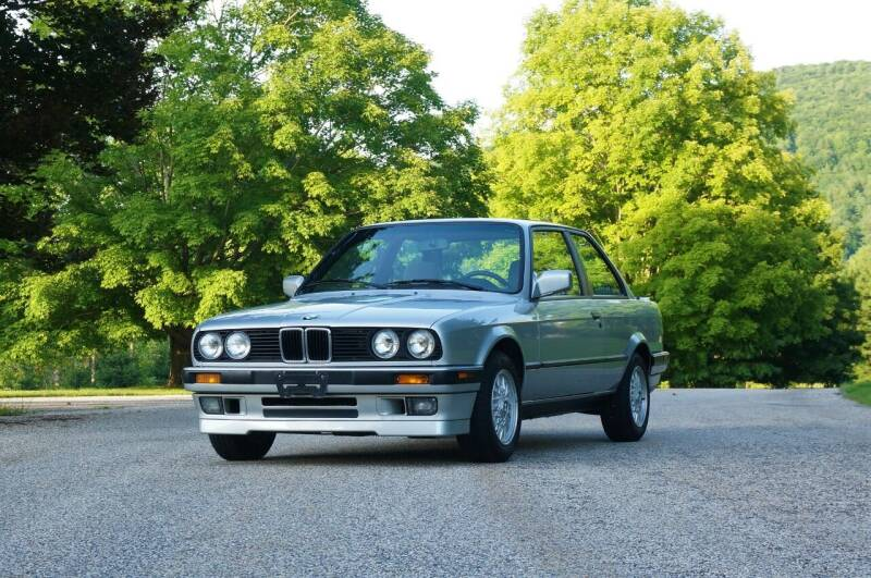1991 BMW 3 Series for sale at EuroMotors LLC in Lee MA