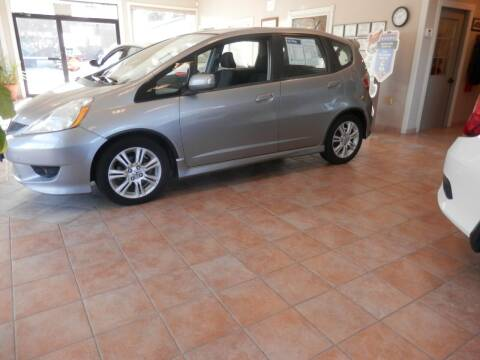 2009 Honda Fit for sale at ABSOLUTE AUTO CENTER in Berlin CT