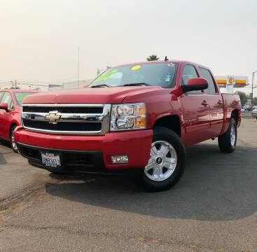 2007 Chevrolet Silverado 1500 for sale at LUGO AUTO GROUP in Sacramento CA