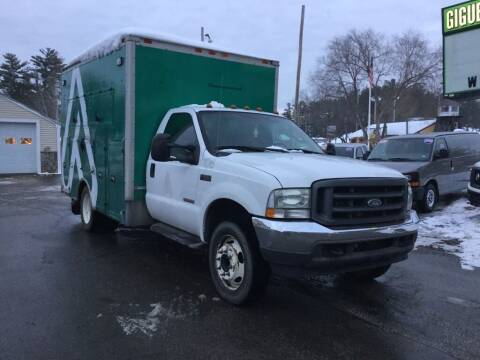 2004 Ford F-550 Super Duty for sale at Giguere Auto Wholesalers in Tilton NH