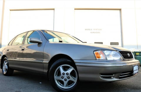 1999 Toyota Avalon for sale at Chantilly Auto Sales in Chantilly VA