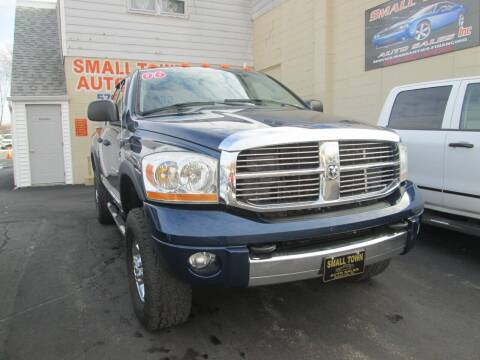 2006 Dodge Ram Pickup 2500 for sale at Small Town Auto Sales in Hazleton PA