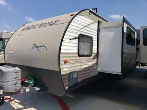 2015 Forest River Cherokee grey wolf 27RR