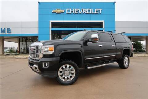 2018 GMC Sierra 2500HD for sale at Lipscomb Auto Center in Bowie TX