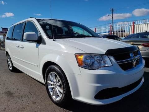 2013 Dodge Grand Caravan for sale at Julian Auto Sales, Inc. - Number 1 Car Company in Detroit MI