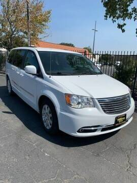 2016 Chrysler Town and Country for sale at Los Primos Auto Plaza in Antioch CA