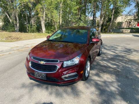 2015 Chevrolet Cruze for sale at The Car-Mart in Murray UT