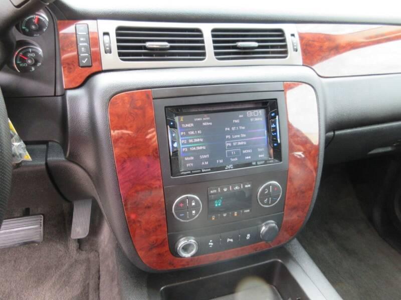 2014 Chevrolet Suburban 4x2 LT 1500 4dr SUV - Tyler TX