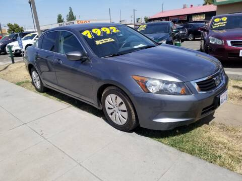 2009 Honda Accord for sale at Showcase Luxury Cars II in Pinedale CA