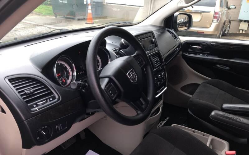 2012 Dodge Grand Caravan SE 4dr Mini-Van - Danbury CT