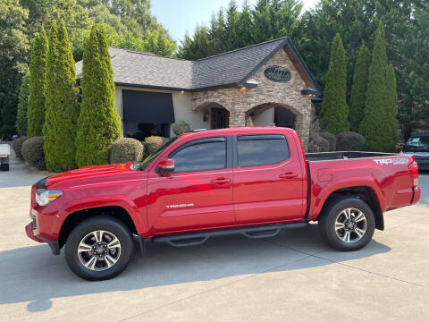 2017 Toyota Tacoma for sale at Hoyle Auto Sales in Taylorsville NC