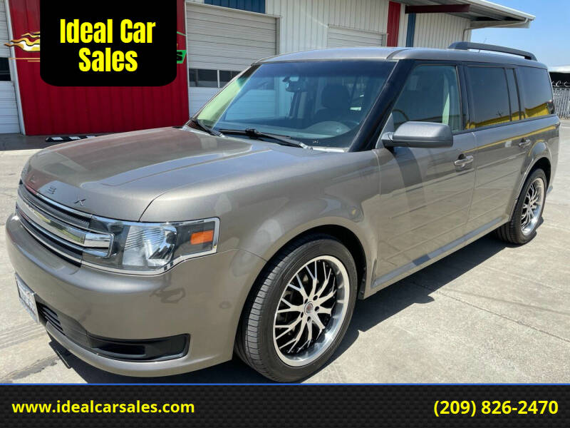 2013 Ford Flex for sale at Ideal Car Sales in Los Banos CA