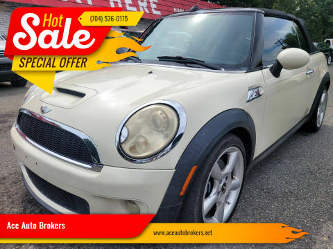 2009 MINI Cooper for sale at Ace Auto Brokers in Charlotte NC