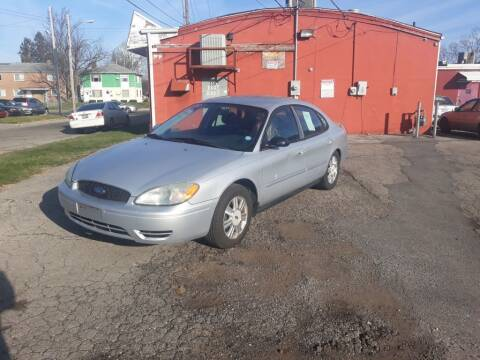2005 Ford Taurus for sale at Flag Motors in Columbus OH