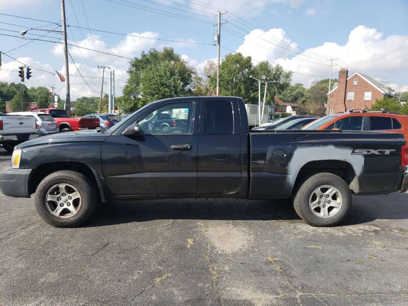 2007 Dodge Dakota for sale at COLONIAL AUTO SALES in North Lima OH
