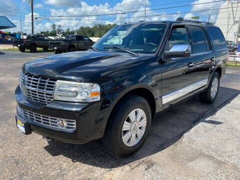 2010 Lincoln Navigator for sale at Bay Motors in Tomball TX