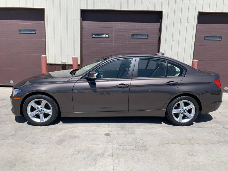 2013 BMW 3 Series for sale at Dakota Auto Inc. in Dakota City NE