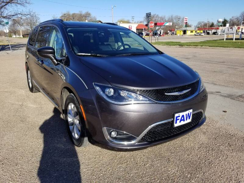 2018 Chrysler Pacifica for sale at Faw Motor Co in Cambridge NE