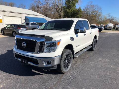 2017 Nissan Titan for sale at Jones Auto Sales in Poplar Bluff MO
