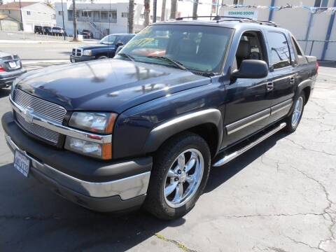 2006 Chevrolet Avalanche for sale at ANYTIME 2BUY AUTO LLC in Oceanside CA