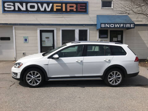 2017 Volkswagen Golf Alltrack for sale at Snowfire Auto in Waterbury VT
