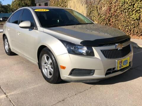 2014 Chevrolet Cruze for sale at El Tucanazo Auto Sales in Grand Island NE