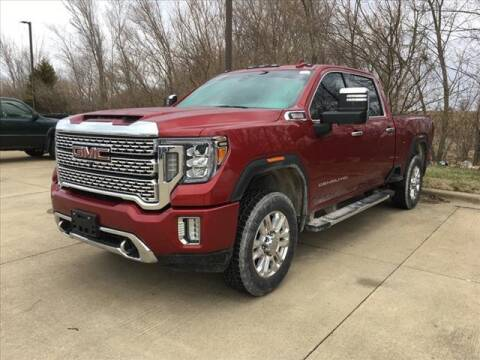 2020 GMC Sierra 2500HD for sale at LANDMARK OF TAYLORVILLE in Taylorville IL